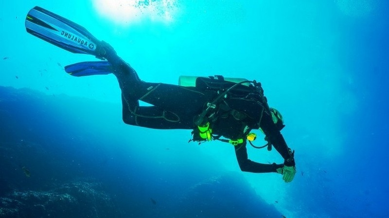 image_diving-and-snorkeling