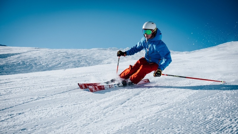 image_skiing-and-winter-sports